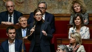 La députée LREM Aurore Bergé (C) s'exprime le 7 mai 2019 à l'Assemblée nationale à Paris