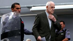 Bignone (d) fue sentenciado a varias cadenas perpetuas por crímenes de lesa humanidad. Su muerte cierra un capítulo díficil en la historia argentina
