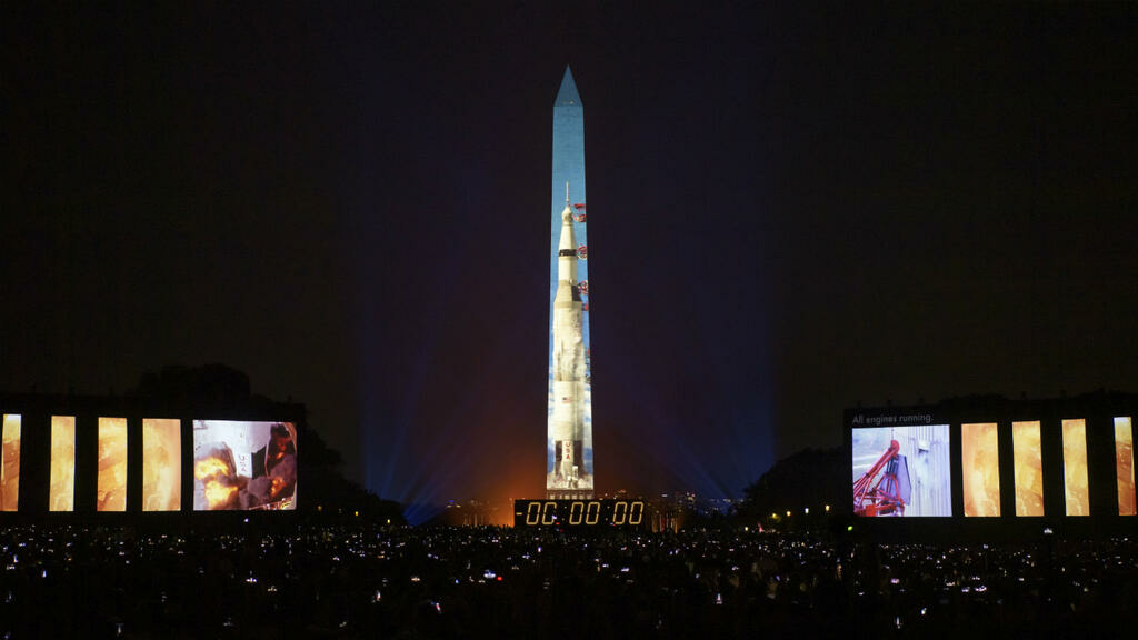 رحلة إلى محطة الفضاء الدولية في الذكرى الخمسين لهبوط الإنسان على القمر