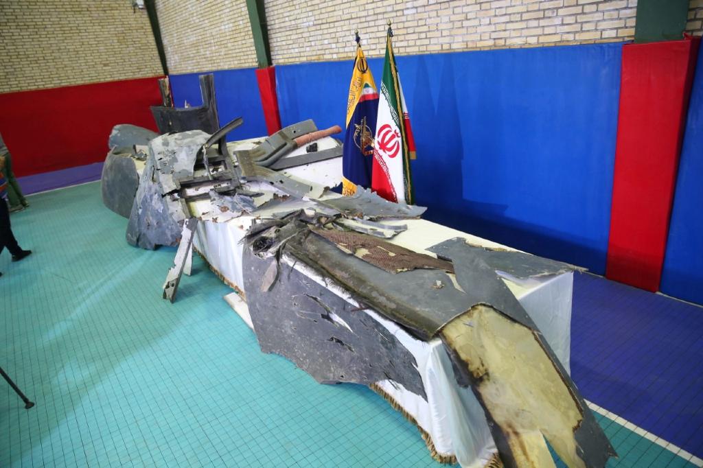 Los presuntos restos del dron estadounidense fueron presentados por el Cuerpo de Guardias de la Revolución en Teherán, Irán, el 21 de junio de 2019.