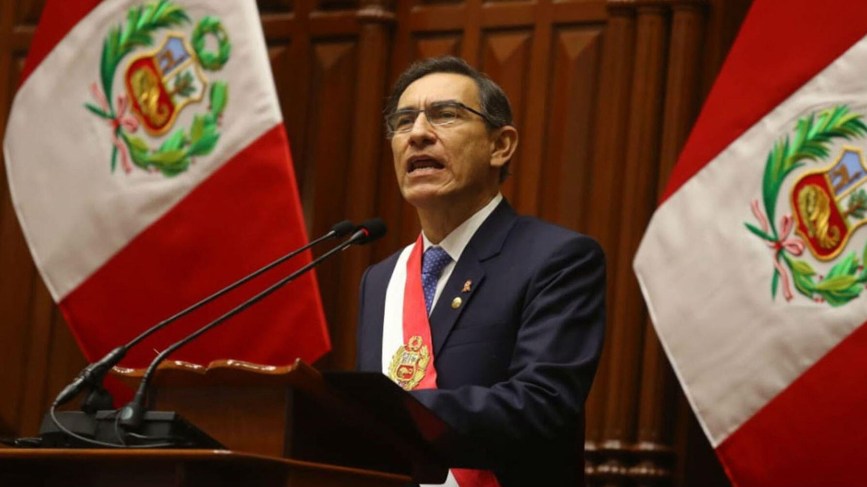 El presidente de Perú, Martín Vizcarra, habla ante el Congreso, en Lima, Perú el 28 de Julio de 2019.
