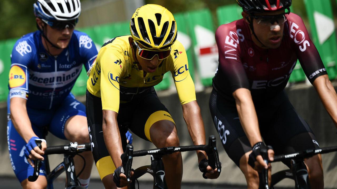 Imagen de archivo del ciclista colombiano Egan Bernal, del Team Ineos, durante la vigésima etapa del Tour de Francia, el 27 de julio de 2019.