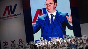 Aleksandar Vucic lors d'un meeting de campagne à Belgrade, le 24 mars 2017.