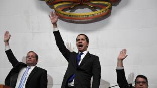 Juan Guaido prête serment comme président du Parlement, le 7 janvier 2020.