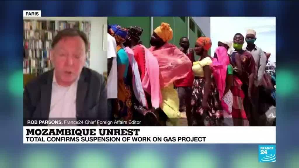 2021-04-26 14:15 Total halts Mozambique gas project after insurgent attacks
