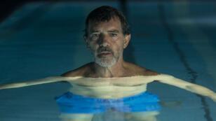 "Antonio Banderas, double de cinéma de Pedro Almodovar dans ""Douleur et gloire""."