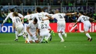 فريق عريق (ريال مدريد) وفريق طموح (أتلتيكو مدريد)