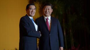 Pour la première fois depuis la fin de la guerre civile en 1949, les dirigeants de la Chine et de Taïwan se rencontrent.