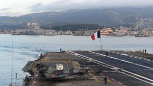 Le port de Toulon depuis le porte-avions Charles-de-Gaulle, le 13 janvier 2015.