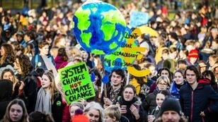 The Dutch protests are part of a wider network of student-led protest groups that have seen tens of thousands of young people around the world ditch school to demand action against climate change