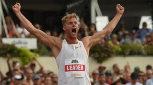 Kévin Mayer est le premier Français à détenir le record du monde du décathlon.