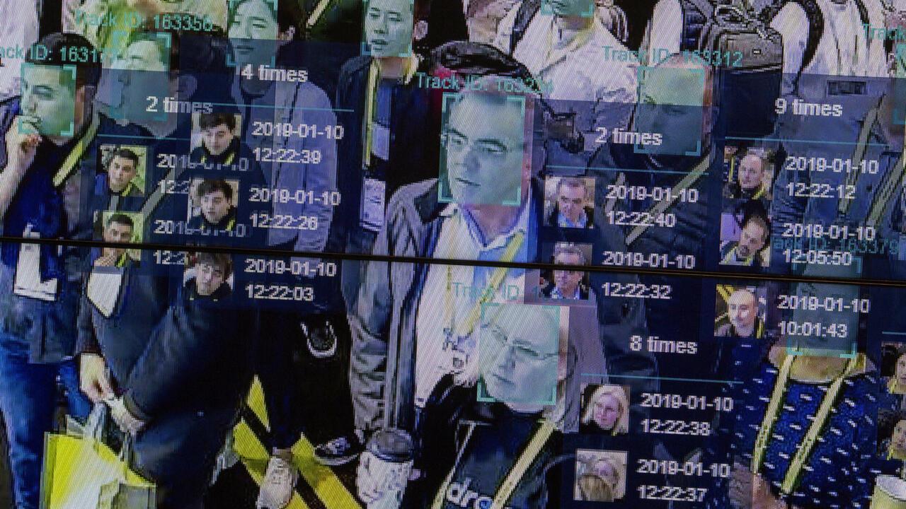 Les algorithmes et leurs biais dans le viseur des mouvements anti-racistes - France 24