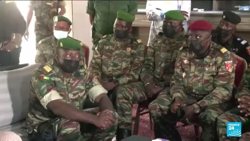 2021-09-17 10:10 Coup d'État en Guinée : la Cédéao sanctionne la junte et réclame des élections