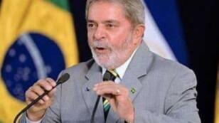 الرئيس البرازيلي الأسبق لولا دا سيلفا يقبع في السجن منذ نيسان/أبريل بتهمة الفساد.