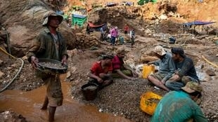 Informal miners have taken over the ruby tunnels in Mogok, Myanmar, after big companies previously in charge of the digging lost their licences under new laws