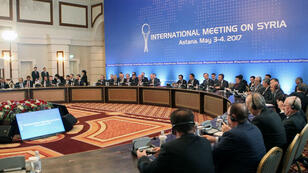 L'envoyé spécial de l'ONU pour la Syrie, Staffan de Mistura, a participé aux négociations à Astana, au Kazakhstan, les 3 et 4 mai 2017.