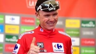 Le Britannique Christopher Froome, ici revêtu du maillot rouge de leader du Tour d'Espagne 2017, a été déclaré vainqueur jeudi de l'édition 2011 par l'Union cycliste internationale, après le déclassement de l'Espagnol Juan José Cobo