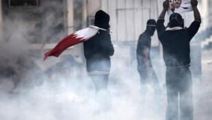 مظاهرة مطالبة بإطلاق سراح الشيخ علي سلمان الأمين العام لجمعية الوفاق