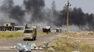 قوات موالية للحكومة العراقية جنوبي تكريت في 9 أبريل 2015