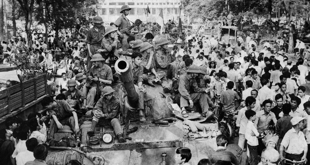 Vietnam Celebra Los 45 Años Del Fin De La Guerra Mientras Domina El Pulso Contra El Coronavirus