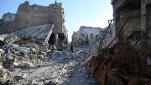Une photo de la ville de Mossoul, le 9 janvier 2018, dévastée après les combats entre l'EI et les forces irakiennes.