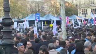 Les manifestants anti-homophobie se sont rassemblés place de la République, à Paris, le 21 octobre 2018