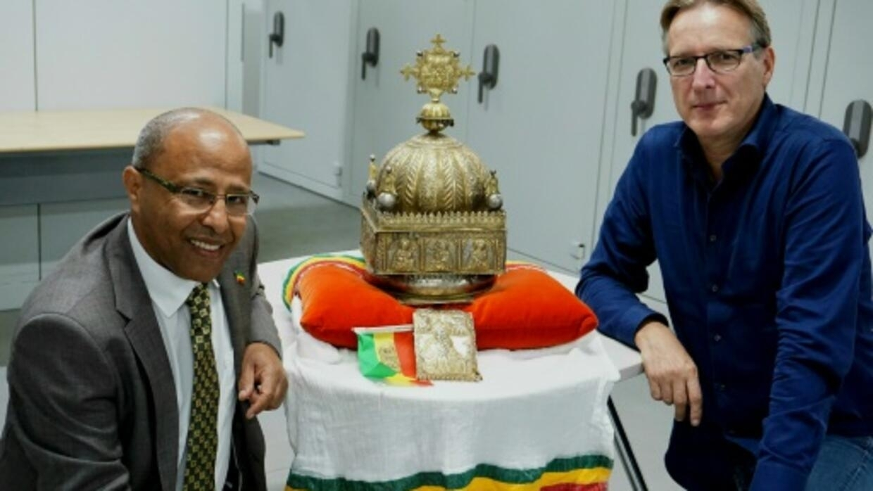 Hidden for 21 years, Ethiopian crown set to return home