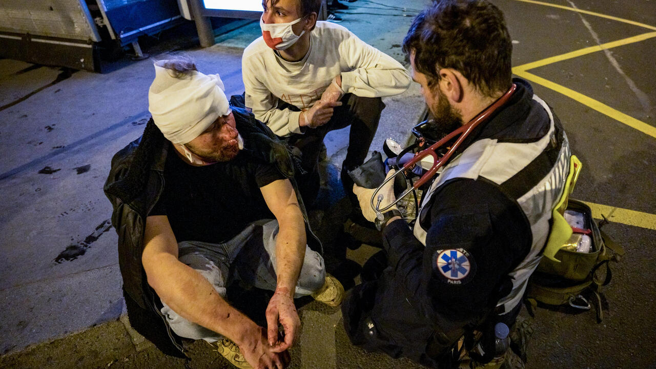 Prizewinning photojournalist injured covering Paris protest