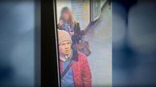 Image de vidéosurveillance montrant Abdelhakim Dekhar durant sa traque à Paris, le 18 novembre 2013.