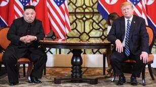 دونالد ترامب وكيم جونغ أون في اليوم الثاني من قمتهما بهانوي. 2019/02/28