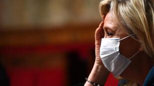 Marine Le Pen, lors des questions au gouvernement à l'Assemblée nationale le 8 juillet 2020