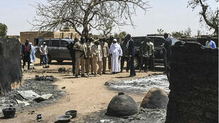Le président Ibrahim Boubacar Keïta s'est rendu lundi 25 mars à Ogossagou-Peul, où il a promis la sécurité et la paix