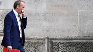 وزير الخارجية البريطاني دومينيك راب وسط لندن بتاريخ 1 تموز/يوليو 2020