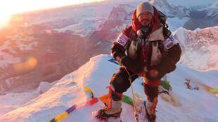 Le Népalais Nirmal Purja a écrit l'histoire de l'alpinisme.