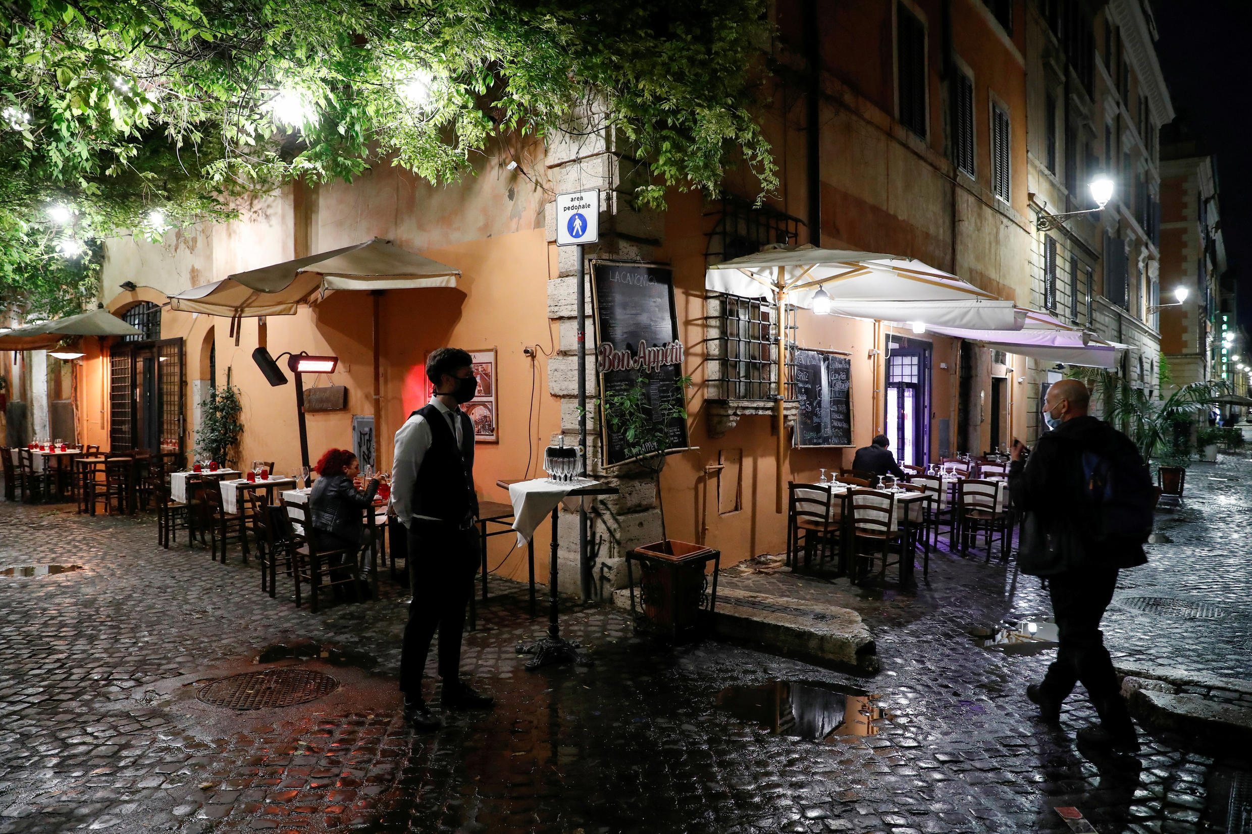 Italy unveils new Covid 20 rules as daily infections surge