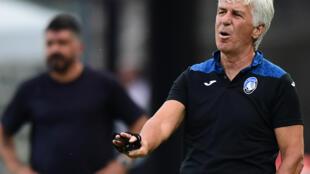 مدرب أتالانتا جان بييرو غاسبيري خلال مواجهة نابولي في الدوري الإيطالي في الثاني من تموز/يوليو 2020.