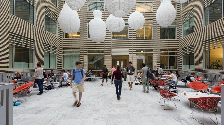 Le campus John Hopkins à Baltimore, dans le Maryland.