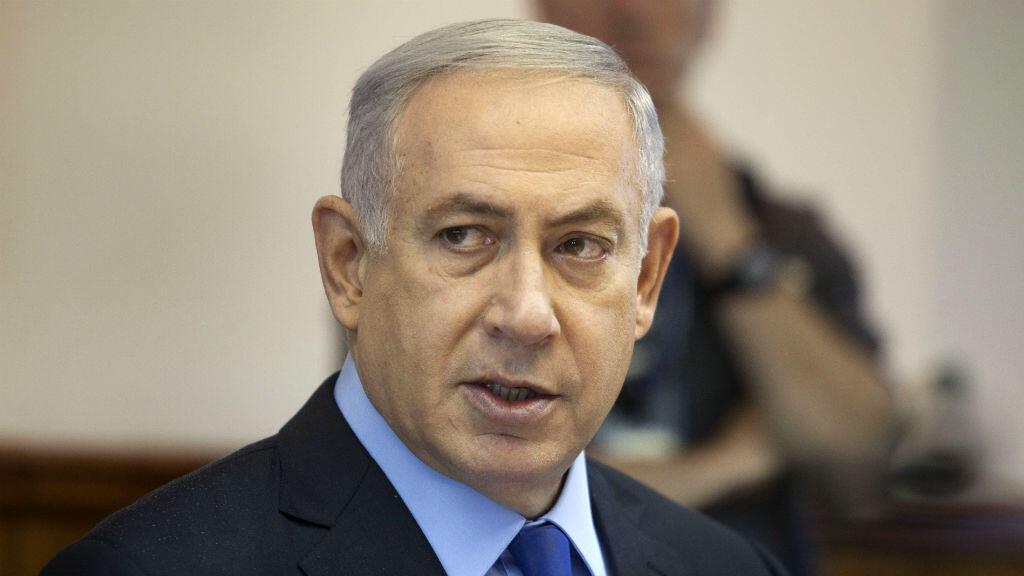 Benjamin Netanyahou (ici à Jérusalem le 10 juillet  2016) a été convoqué par la justice. Les médias évoquent des transferts d'argent frauduleux.