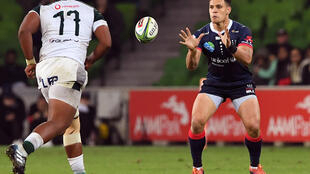 Matt Toomua (R), seen here playing in 2019, inspired Melbourne Rebels to a thumping Super Rugby victory over NSW Waratahs