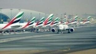 طائرات إماراتية في مطار دبي