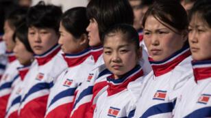 L'équipe de patinage artistique de Corée du Nord est arrivée à Pyeongchang pour la cérémonie d'ouverture des Jeux olympiques d'hiver.