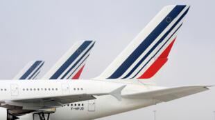 Air France a soldé le conflit à l'origine de grèves et de la démission en mai du précédent PDG de sa maison mère, Air France-KLM.