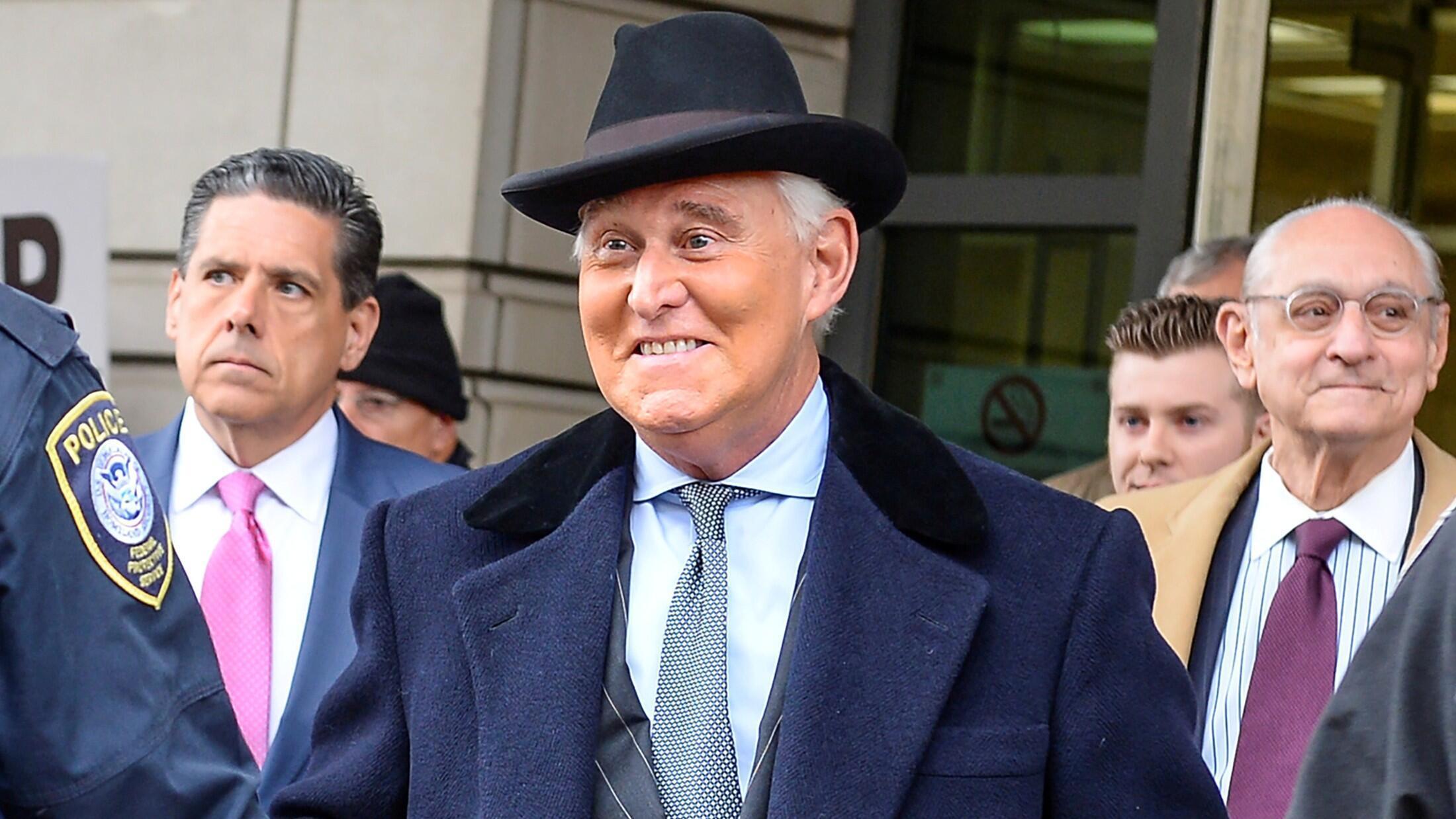 El ex asesor de campaña de Trump, Roger Stone, parte después de que fue sentenciado a tres años y cuatro meses de prisión en el Tribunal de Distrito de los Estados Unidos en Washington, Estados Unidos, el 20 de febrero de 2020. Foto de archivo.