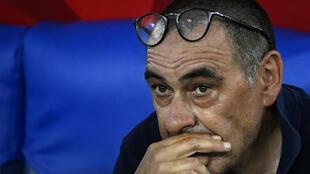 مدرب يوفنتوس ماوريتسيو ساري خلال المباراة النهائية لمسابقة كأس إيطاليا في 17 حزيران/يونيو 2020.