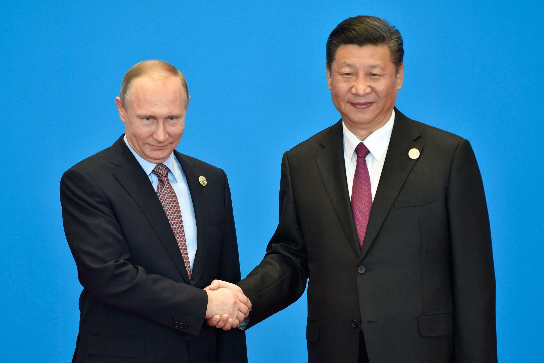 صورة للرئيسين الصيني والروسي تعود لعام 2017.