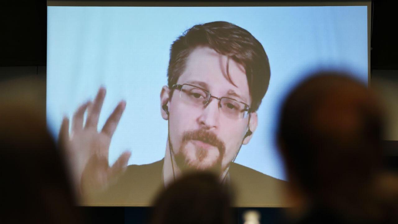 Edward Snowden vit en Russie depuis six ans.