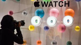 Apple avait choisi le magasin parisien chic et branché Colette, rue Saint-Honoré, pour montrer ses Apple Watch en septembre 2014.