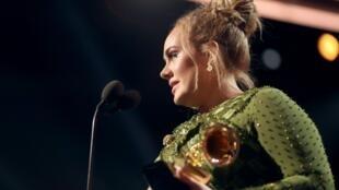La chanteuse britannique Adele lors des Grammy awards le 12 février 2017.