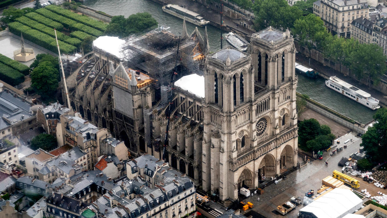 Paris S Notre Dame Cathedral To Hold First Mass Since Devastating Fire