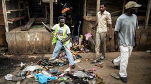 Les violences postélectorales au Gabon ont fait au moins six morts selon le bilan officiel.